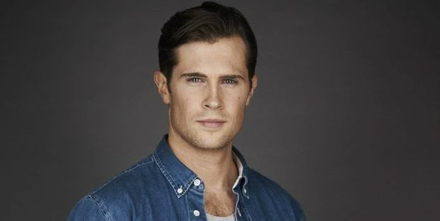 david berry wins the role of lord grey in  u201coutlander