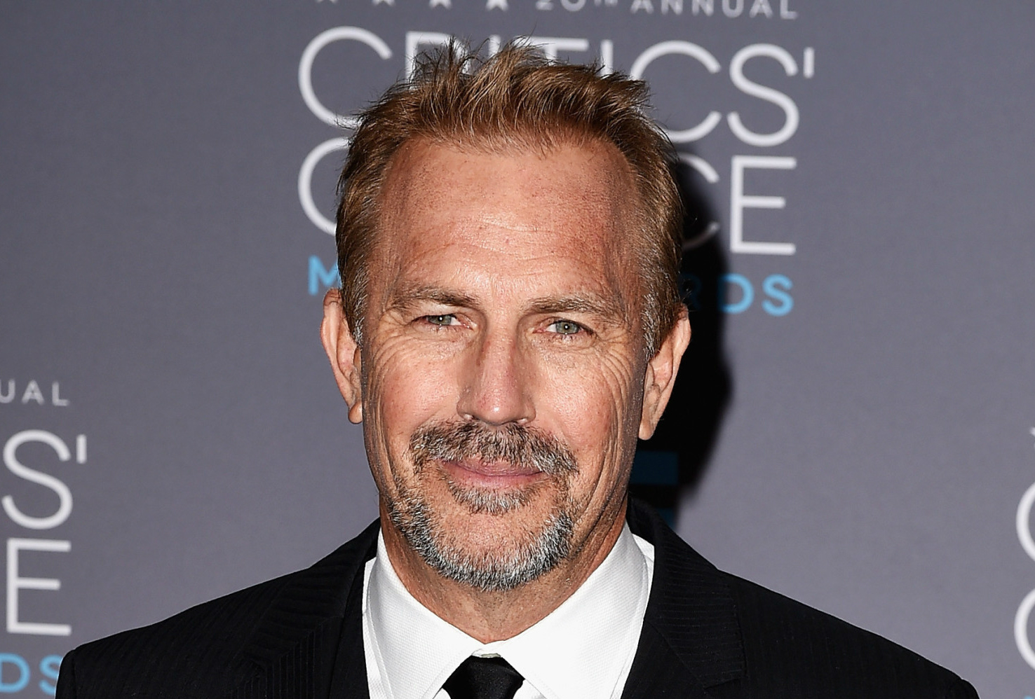 o-KEVIN-COSTNER-facebook