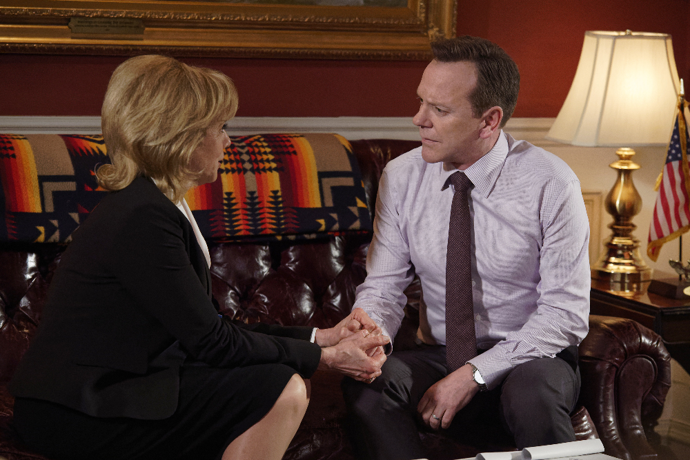 """DESIGNATED SURVIVOR - """"The Ninth Seat"""" - As President Kirkman struggles to put together a new Supreme Court, FBI Agent Hannah Wells goes undercover and discovers much more than she ever could have imagined. Meanwhile, Seth Wright has to contend with journalist Abe Leonard, who returns from the Middle East with an explosive story, on ABC's """"Designated Survivor,"""" SUNDAY, APRIL 19 (10:00-11:00 p.m. EDT), on The ABC Television Network. (ABC/Ben Mark Holzberg) LINDA PURL, KIEFER SUTHERLAND"""